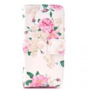 Δερμάτινη Θήκη Πορτοφόλι με Βάση Στήριξης για iPhone 5c - Φούξια Τριαντάφυλλα σε Λευκό Φόντο