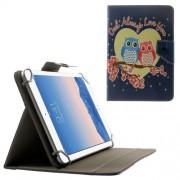 Δερμάτινη Θήκη Βιβλίο με Βάση Στήριξης για Samsung Galaxy Tab 4 7.0 Τ230 / Amazon Fire HD 7 (20,3 x 14cm) και Άλλα Tablets με Αυτές τις Διαστάσεις - Ερωτευμένες Κουκουβάγιες Μέσα σε Καρδιά